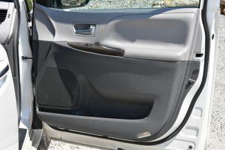 2016 Toyota Sienna XLE AWD Naugatuck, Connecticut 12
