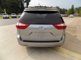 2016 Toyota Sienna XLE Premium Sheridan, Arkansas 3
