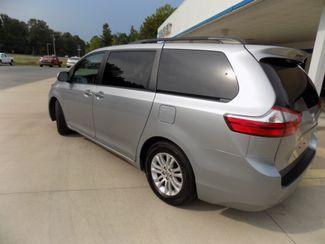 2016 Toyota Sienna XLE Premium Sheridan, Arkansas 4