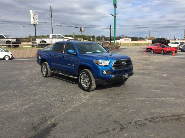2016 Toyota Tacoma SR5 in Boerne, Texas 78006