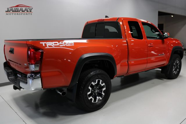 2016 Toyota Tacoma TRD Off Road Merrillville, Indiana 4