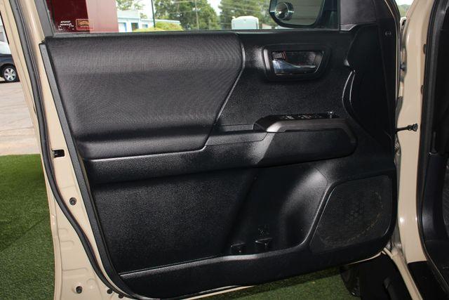 2016 Toyota Tacoma TRD Sport Double Cab 4x4- NAVIGATION- HARD TONNEAU Mooresville , NC 35