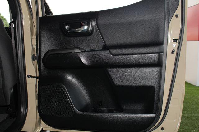 2016 Toyota Tacoma TRD Sport Double Cab 4x4- NAVIGATION- HARD TONNEAU Mooresville , NC 36