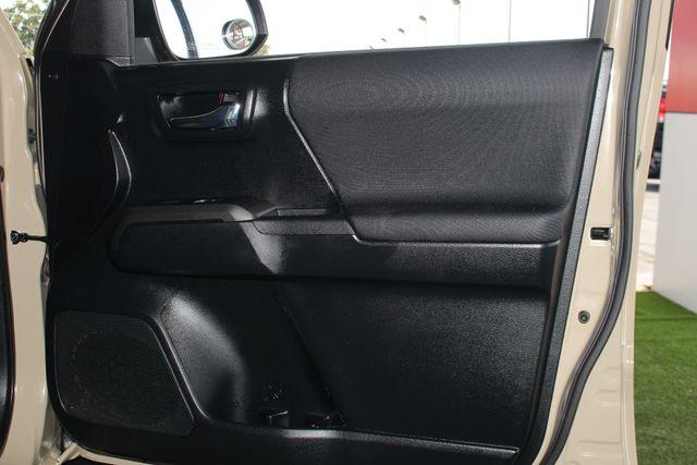 2016 Toyota Tacoma TRD Sport Double Cab 4x4- NAVIGATION- HARD TONNEAU Mooresville , NC 34