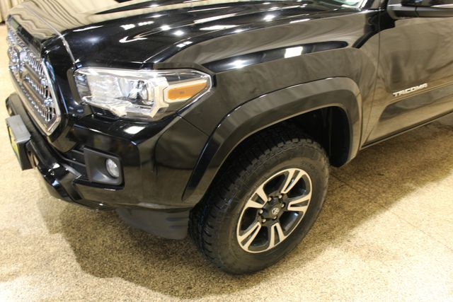 2016 Toyota Tacoma TRD Sport in Roscoe IL, 61073