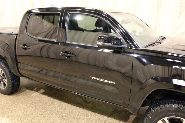 2016 Toyota Tacoma TRD Sport 4x4 in Roscoe, IL 61073