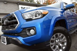 2016 Toyota Tacoma 4WD Double Cab V6 AT SR5 Waterbury, Connecticut 1