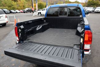 2016 Toyota Tacoma 4WD Double Cab V6 AT SR5 Waterbury, Connecticut 14