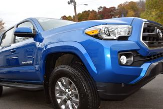 2016 Toyota Tacoma 4WD Double Cab V6 AT SR5 Waterbury, Connecticut 15