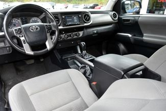 2016 Toyota Tacoma 4WD Double Cab V6 AT SR5 Waterbury, Connecticut 18