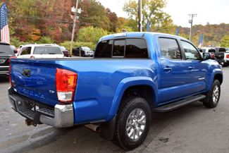 2016 Toyota Tacoma 4WD Double Cab V6 AT SR5 Waterbury, Connecticut 5