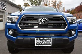 2016 Toyota Tacoma 4WD Double Cab V6 AT SR5 Waterbury, Connecticut 8
