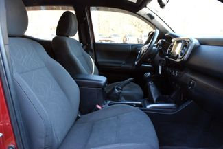 2016 Toyota Tacoma 4WD Double Cab V6 AT TRD Sport Waterbury, Connecticut 24
