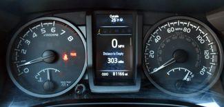2016 Toyota Tacoma 4WD Double Cab V6 AT TRD Sport Waterbury, Connecticut 32