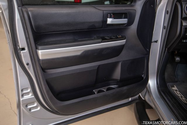 2016 Toyota Tundra SR5 in Addison, Texas 75001