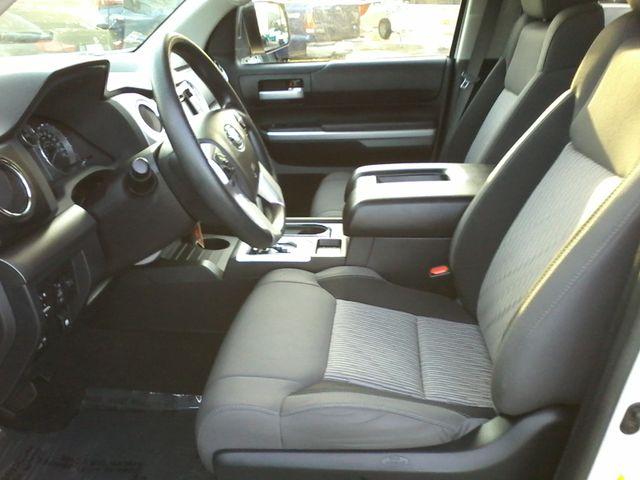 2016 Toyota Tundra SR5 CREWMAX Boerne, Texas 11