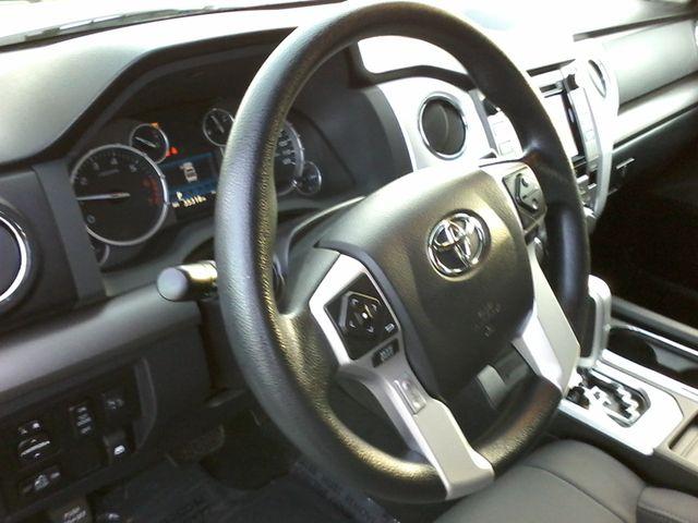 2016 Toyota Tundra SR5 CREWMAX Boerne, Texas 16