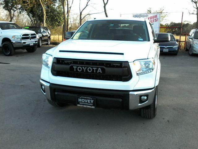 2016 Toyota Tundra SR5 CREWMAX Boerne, Texas 2