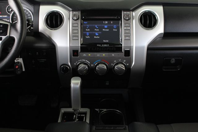 2016 Toyota Tundra SR5 Double Cab 4x4 TRD OFF ROAD - BLIND SPOT! Mooresville , NC 10