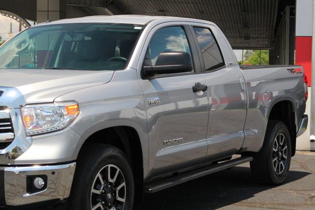 2016 Toyota Tundra SR5 Double Cab 4x4 TRD OFF ROAD - BLIND SPOT! Mooresville , NC 26