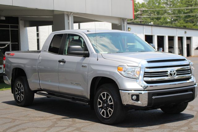 2016 Toyota Tundra SR5 Double Cab 4x4 TRD OFF ROAD - BLIND SPOT! Mooresville , NC 23