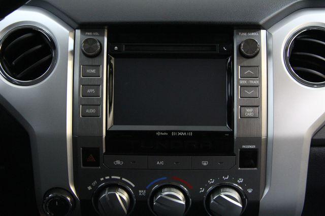 2016 Toyota Tundra  SR5 CREWMAX 4X4 Richmond, Virginia 6