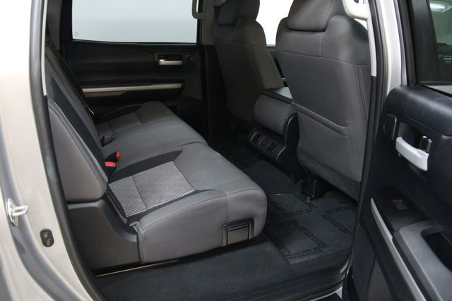 2016 Toyota Tundra  SR5 CREWMAX 4X4 Richmond, Virginia 23