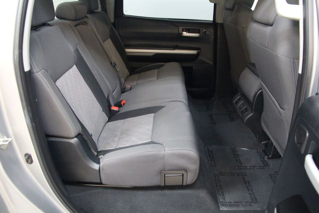 2016 Toyota Tundra  SR5 CREWMAX 4X4 Richmond, Virginia 24