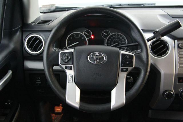 2016 Toyota Tundra  SR5 CREWMAX 4X4 FFV Richmond, Virginia 9