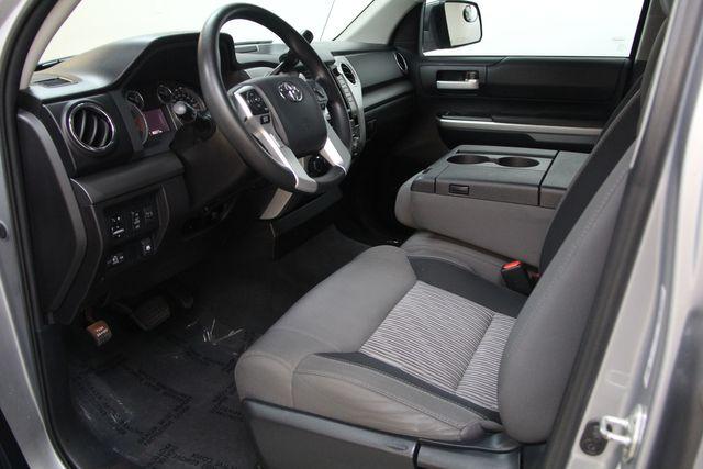 2016 Toyota Tundra  SR5 CREWMAX 4X4 Richmond, Virginia 2