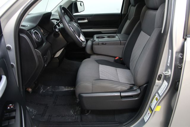 2016 Toyota Tundra  SR5 CREWMAX 4X4 FFV Richmond, Virginia 14