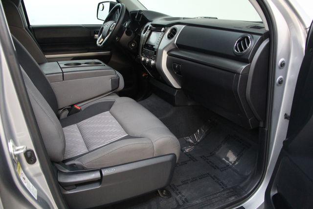 2016 Toyota Tundra  SR5 CREWMAX 4X4 Richmond, Virginia 16