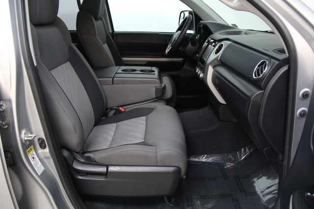 2016 Toyota Tundra  SR5 CREWMAX 4X4 FFV Richmond, Virginia 19