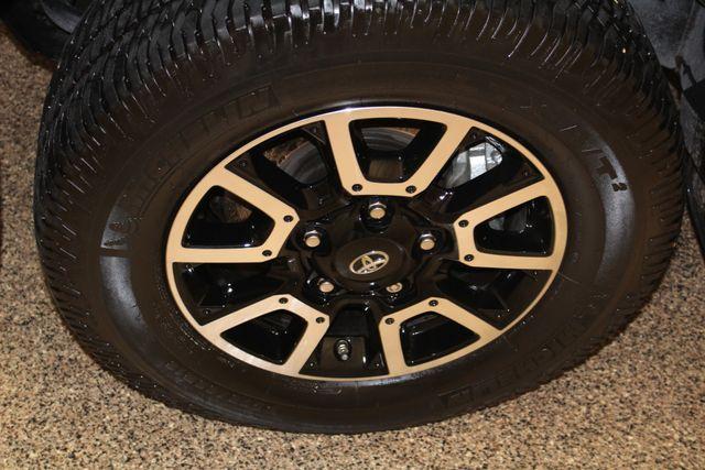 2016 Toyota Tundra 4x4 LTD in Roscoe, IL 61073