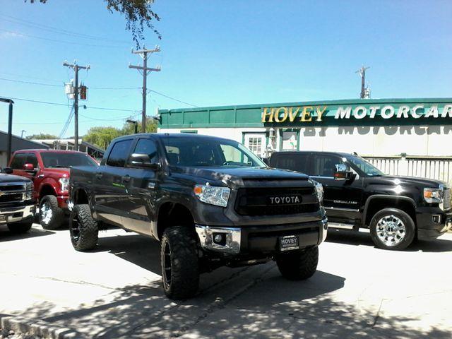 2016 Toyota Tundra SR5 CrewMax 4x4 San Antonio, Texas 1