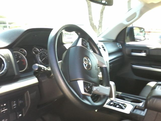 2016 Toyota Tundra SR5 CrewMax 4x4 San Antonio, Texas 15