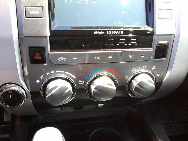 2016 Toyota Tundra SR5 CrewMax 4x4 San Antonio, Texas 22