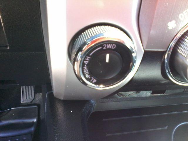 2016 Toyota Tundra SR5 CrewMax 4x4 San Antonio, Texas 23