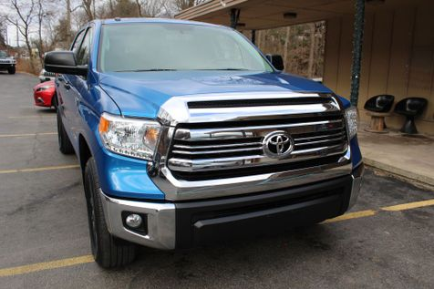 2016 Toyota TUNDRA CREWMAX SR5 in Shavertown