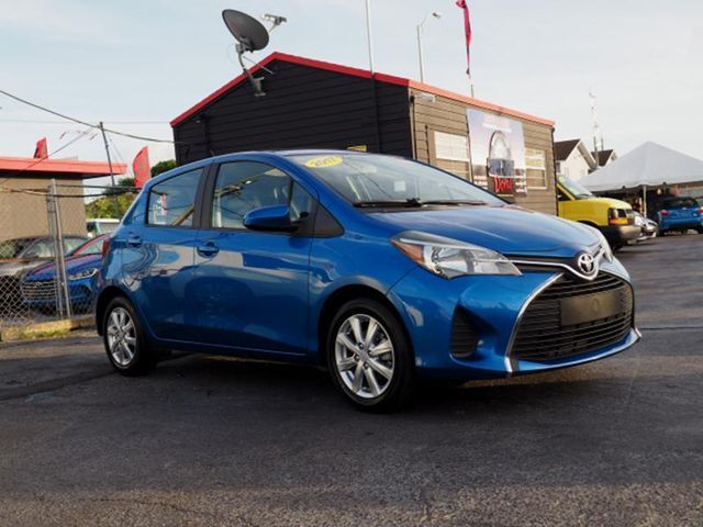 2016 Toyota Yaris SE Hatchback Sedan 4D