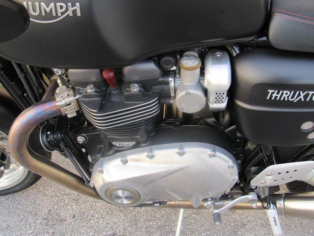 2016 Triumph Thruxton 1200 R in Dania Beach Florida, 33004