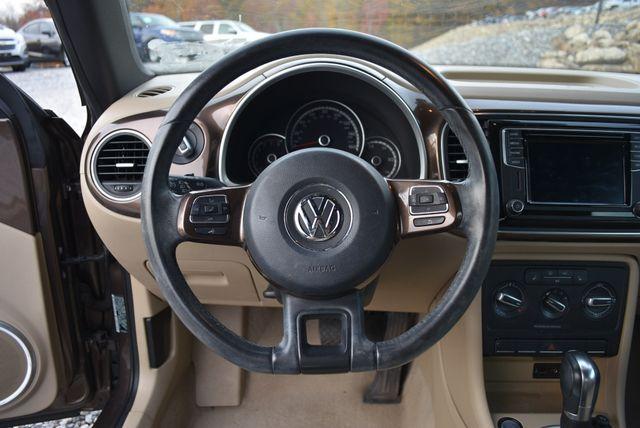 2016 Volkswagen Beetle Convertible 1.8T SE Naugatuck, Connecticut 18
