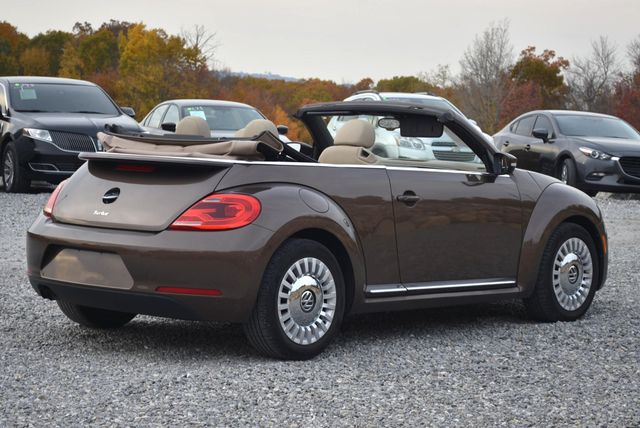 2016 Volkswagen Beetle Convertible 1.8T SE Naugatuck, Connecticut 2