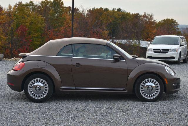 2016 Volkswagen Beetle Convertible 1.8T SE Naugatuck, Connecticut 9