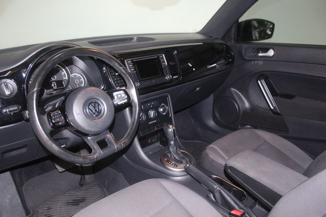 2016 Volkswagen Beetle Coupe 1.8T Classic Houston, Texas 17