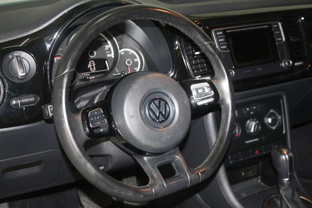 2016 Volkswagen Beetle Coupe 1.8T Classic Houston, Texas 18