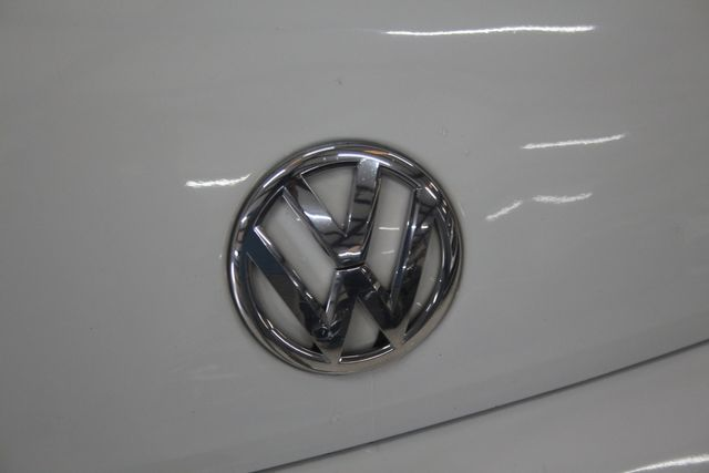 2016 Volkswagen Beetle Coupe 1.8T Classic Houston, Texas 6