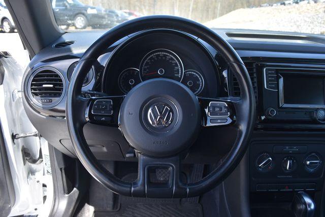 2016 Volkswagen Beetle Coupe 1.8T Classic Naugatuck, Connecticut 15