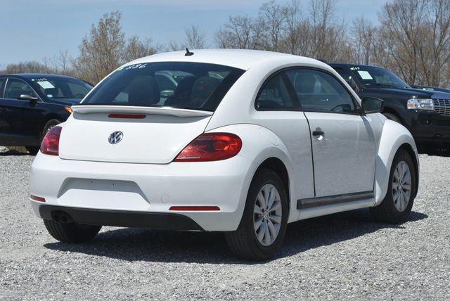 2016 Volkswagen Beetle Coupe 1.8T Classic Naugatuck, Connecticut 4