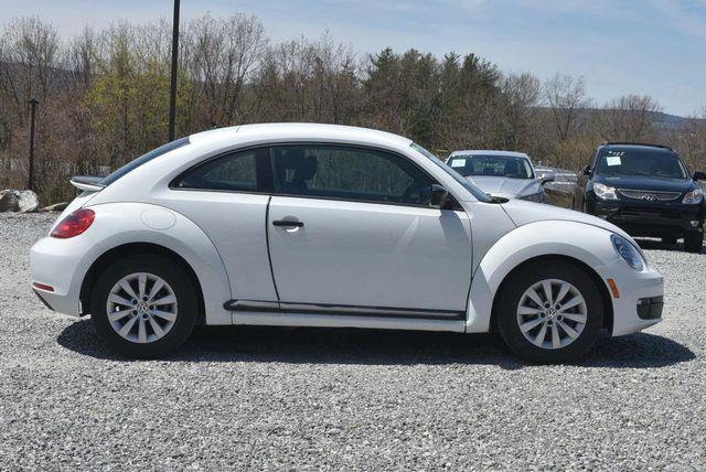 2016 Volkswagen Beetle Coupe 1.8T Classic Naugatuck, Connecticut 5